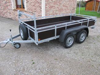 Capacité jusqu'à 500kg, double essieux 700kg chacun 23€ TTC/Jour